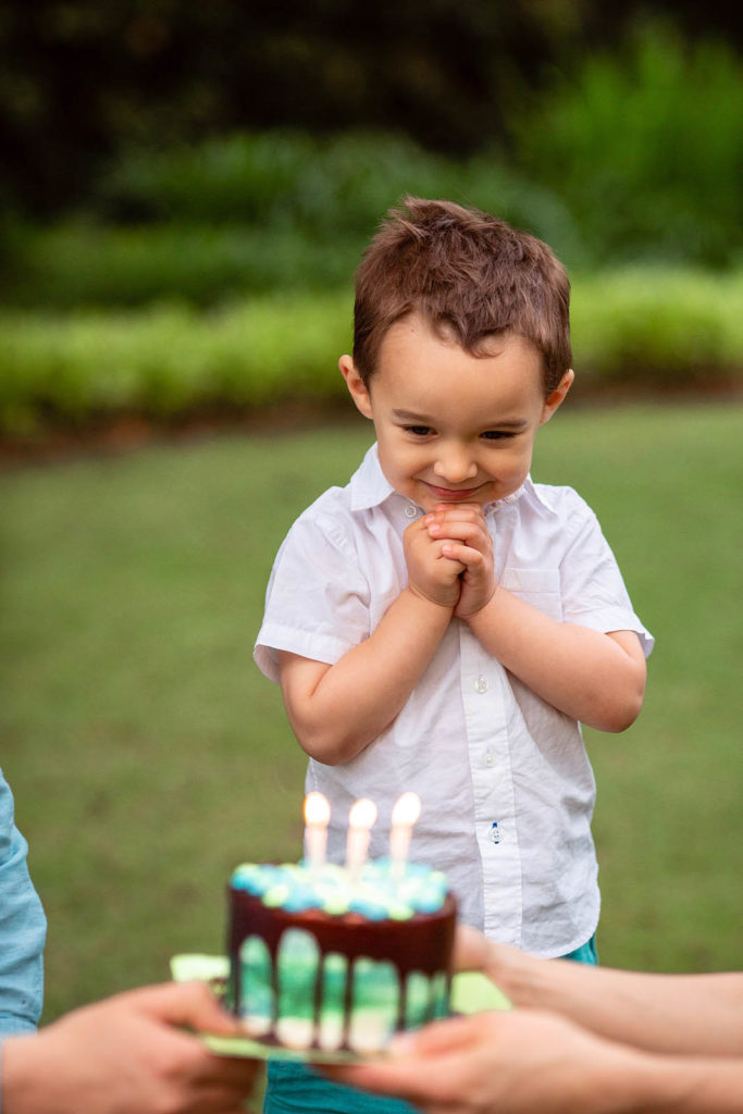 3 years old outdoor cake smash photo session at fred fletcher park raleigh