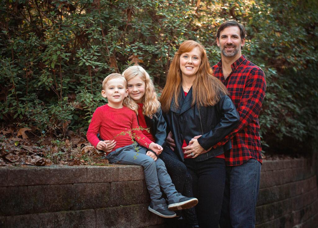 PORTRAIT FAMILY PHOTOGRAPHER
